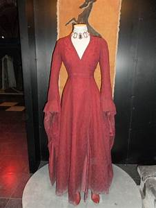 Melisandre's dress. | Game of Thrones Exhibition ...