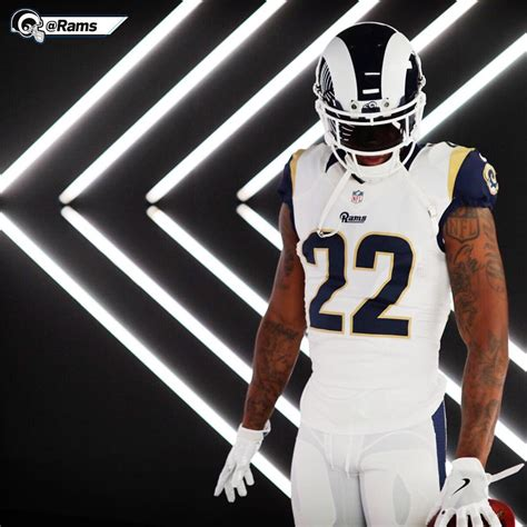 rams stuck  mismatched jersey combo fans hate