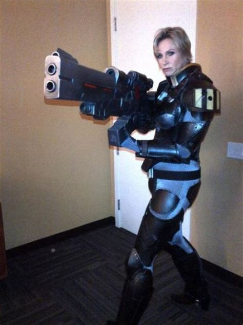 Cosplay And Halloween Costumes Doing It Right (69 Pics