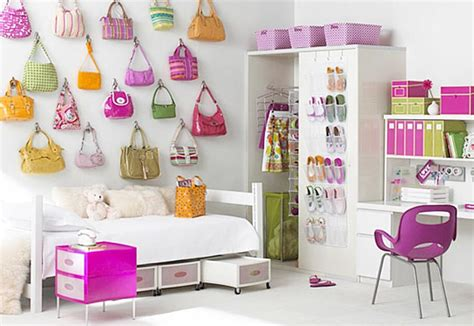 How-to-decorate-a-dorm-room-ideas-for-girls