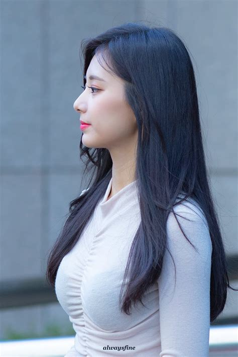 twice tzuyu causes nosebleed with her voluminous figure daily k pop news