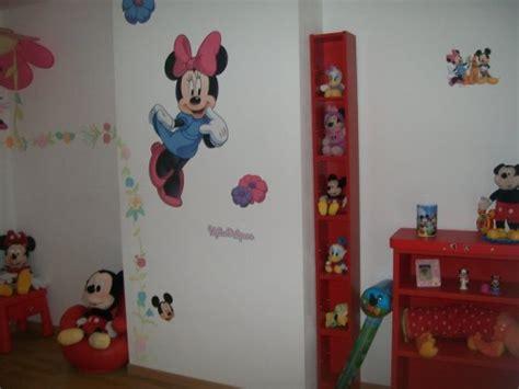 deco chambre minnie décoration chambre minnie