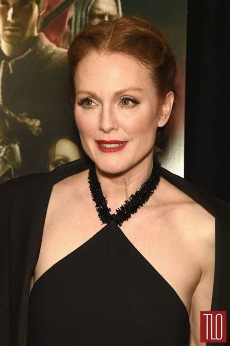 style double shot julianne moore  prabal gurung