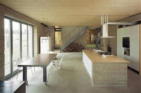 Moderne Fliesen Wohnbereich by Der Offene Wohnbereich Mit K 252 Che Strahlt Moderne
