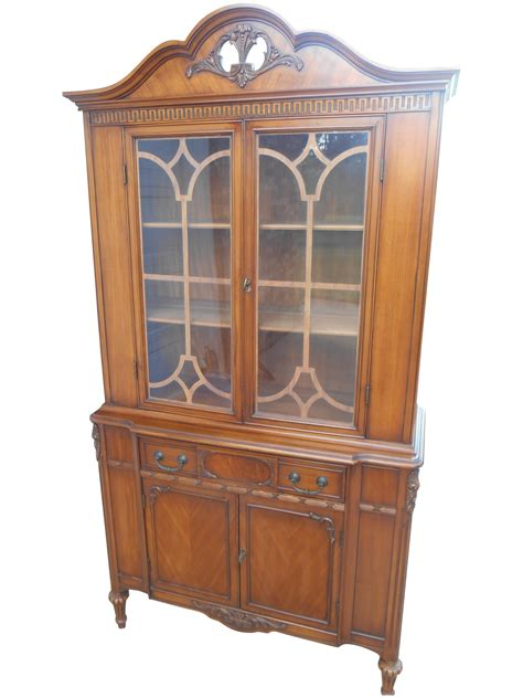 vintage bernhardt china cabinet vintage bernhardt china cabinet chairish