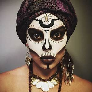 The 25+ best Voodoo makeup ideas on Pinterest | Voodoo ...