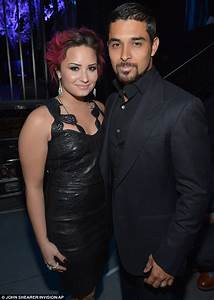 Demi Lovato And Wilmer Valderrama Look Loved Up In
