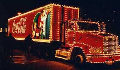 coca cola kersttruck te zien  nederland bouwmachines