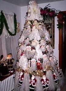 Santa Theme Christmas Tree Christmas Tree Themes & Color