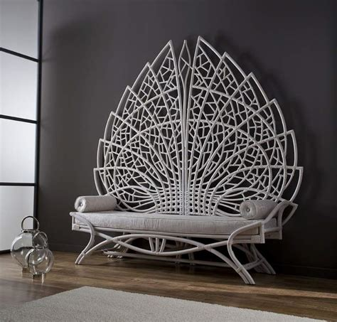 amazing indoor bench    dentate leaf shape