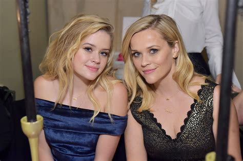 reese witherspoons daughter ava shares sweetest message
