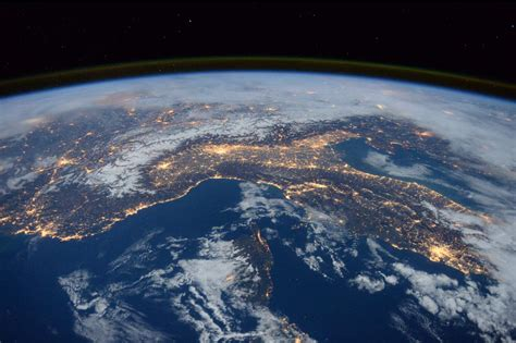 Top 10 Most Beautiful Earth Images Taken From The