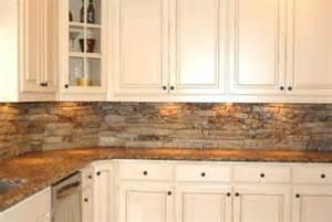kitchen backsplash ideas with oak cabinets victoria