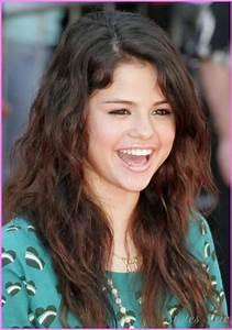 Cute Haircuts For Long Hair Teenage Girls