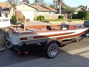 Skeeter Bass Boat 16ft