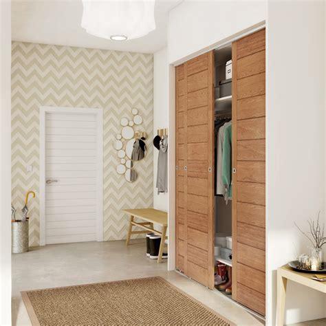 largeur porte chambre porte de placard coulissante effet chêne naturel spaceo l