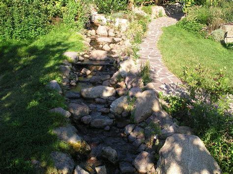 """Bild """"bachlauf Im Garten"""" Zu Landhotel Gut Wildberg In"""