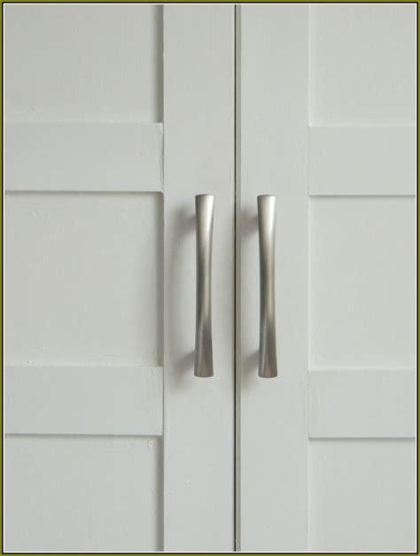 Closet Door Knobs  Simple Bedroom With Rustic Sliding