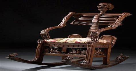 foto de Antique Skeleton Rocking Chair :