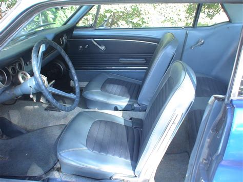 interior color     mustang coupe
