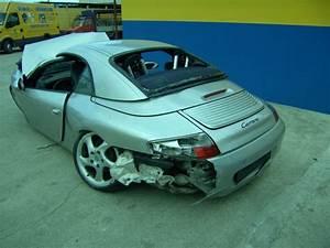 Villa Rose Porsche : autovettura porsche 996 asnno 2002 autodemolizioni di ma vi ricambi auto moto e scooter ~ Medecine-chirurgie-esthetiques.com Avis de Voitures