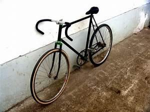 Fahrrad Haken Zum Aufhängen : fahrrad aufh ngen wand das fahrrad zu hause richtig aufbewahren wandschmuck der premiumklasse ~ Markanthonyermac.com Haus und Dekorationen
