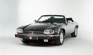 4 4 Jaguar : jaguar xjs v12 convertible lhd ~ Medecine-chirurgie-esthetiques.com Avis de Voitures