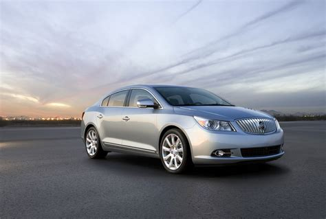 2011 Buick Lacrosse Drops 3.0l V6, Keeps 2.4l Ecotec And 3