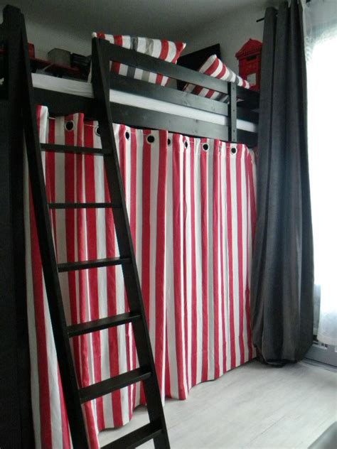 rideau pour chambre ado cool chambre duado rnove mille et une ides rideau chambre