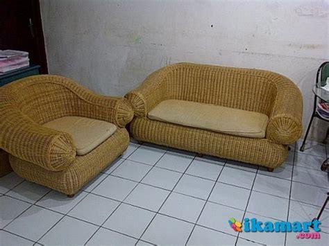 sofa ruang tamu second jual kursi tamu sofa rotan second peralatan rumah