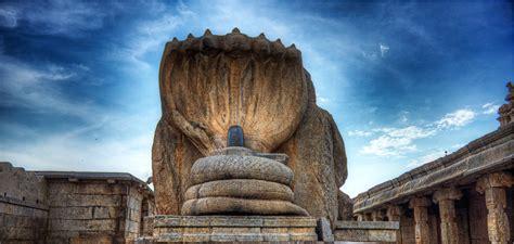 nagalingeshwara veerabhadra temple lepakshi carved