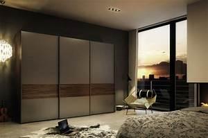 Ideen Für Garderobe : garderobe ideen f r eine sch ne und moderne schlafzimmereinrichtung ~ Frokenaadalensverden.com Haus und Dekorationen