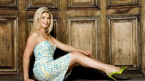 Holly Willoughby Wallpaper Celebrity Wallpapers
