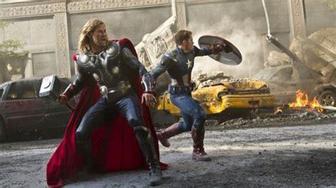 Scarlett Johansson 'Shredded' Her 'Avengers' Costume ...