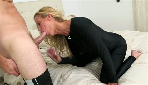 Sexy Blond Milf Gives Best Ever Blowjob To Young Yoga