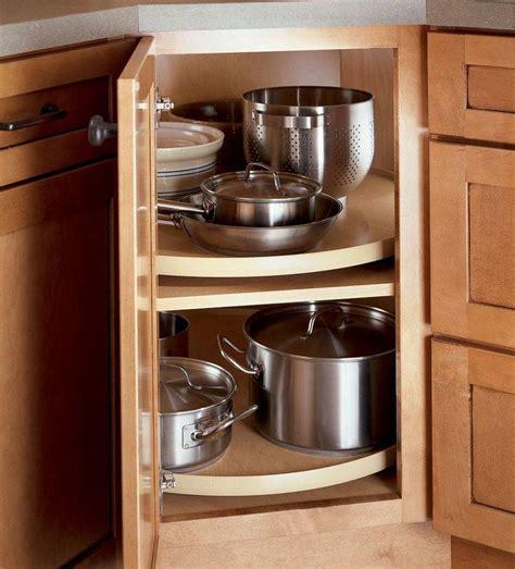 corner kitchen cabinet organization ideas 21 best kitchen kraftmaid images on kitchen