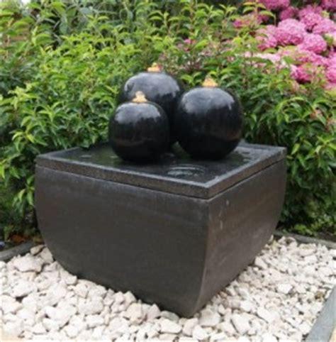 Springbrunnen Für Terrasse by Brunnen F 252 R Terrasse Und Balkon Formen Montage Pflege