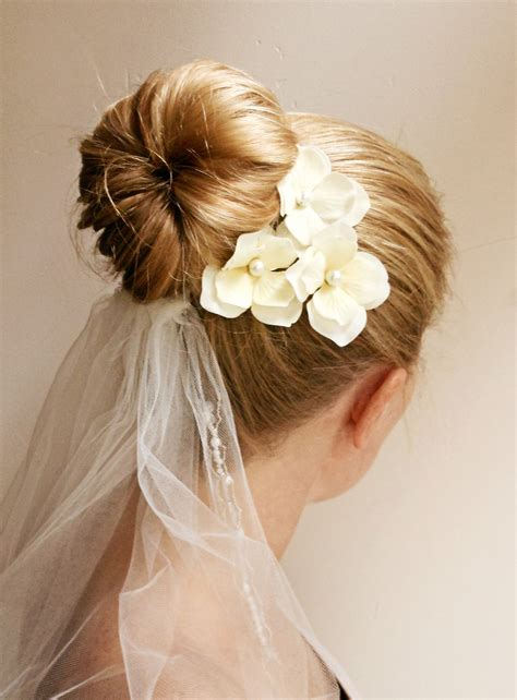 20 romantic bridal hairstyles pictures magment