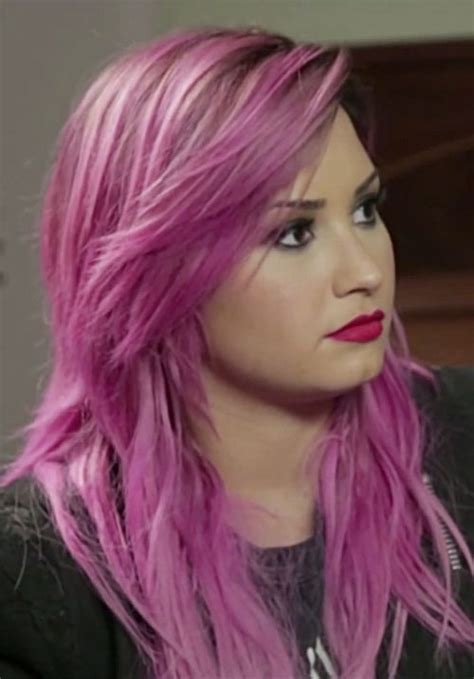 Demi Lovato Wavy Pink Choppy Layers Side Part Sideswept