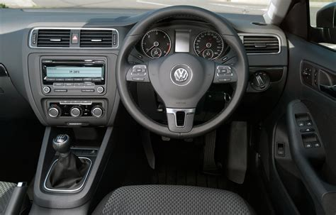 Volkswagen Jetta Saloon (2011