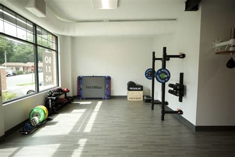 gym minimalist garage equipment basement ultimate crossfit rogue ghd rack inspiration garagegymreviews workout training