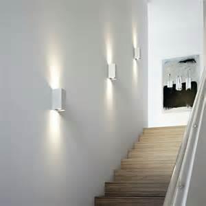 Applique Dans Escalier by Appliques Murales Sur Pinterest Unit 233 S Murales Pour Tv