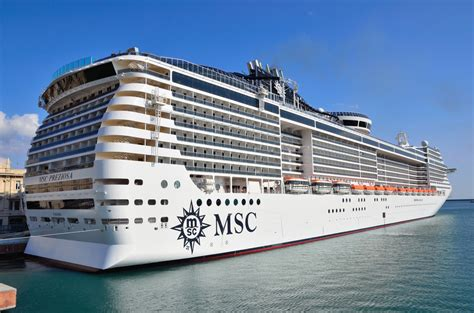 Biggest Passenger Ships In The World by 10 Biggest Cruise Ship In The World 2015 First People