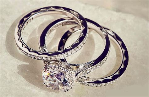 18 Excellent Wedding Ring Sets For Beautiful Women
