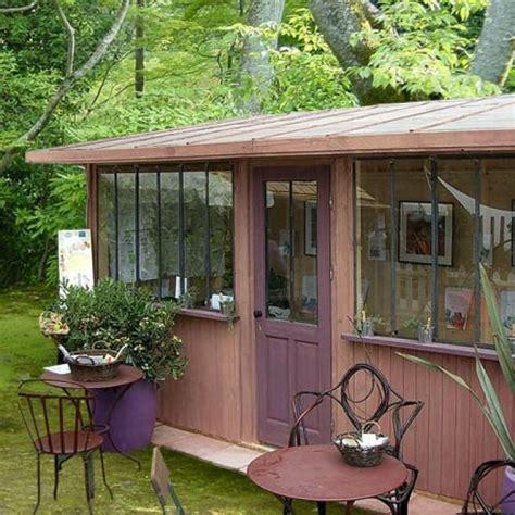 des cabanes comme des petites maisons de charme maison