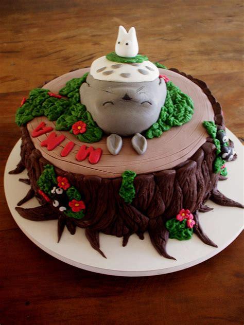 totoro cakes    cute  eat