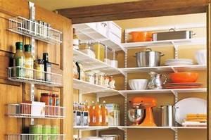 Regal Für Speisekammer : 20 tolle speisekammer ideen aufbewahrung von lebensmitteln ~ Markanthonyermac.com Haus und Dekorationen