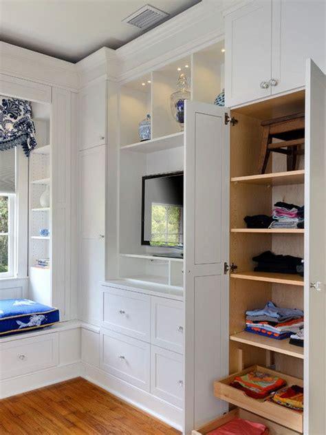 built ins   bedroom      closet space