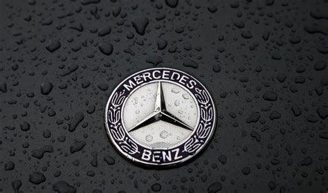 Mercedes Logo Wallpaper by Mercedes Logo Wallpapers Pictures Images