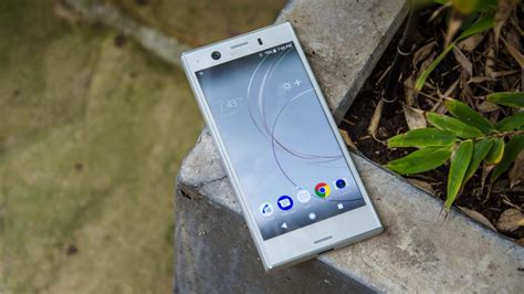 sony xperia xz1 compact review size doesn t matter and